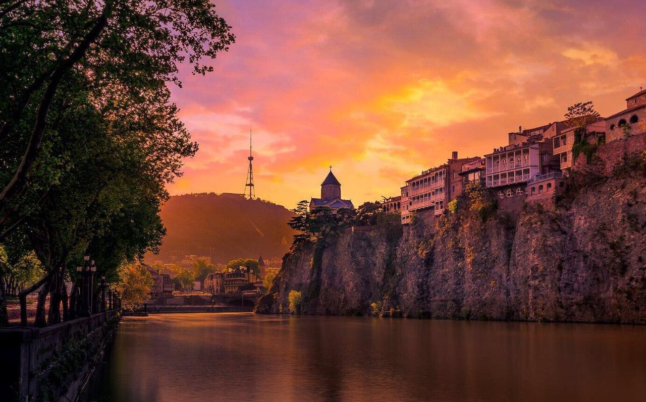 Excursion transfer Ananuri – Mtskheta – Tbilisi (from Gudauri)